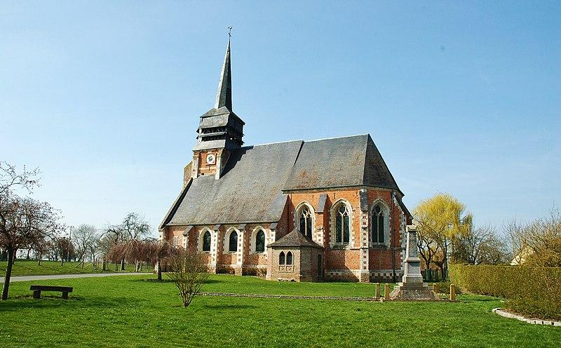 Photo du Monument Historique Eglise situé à Doudelainville