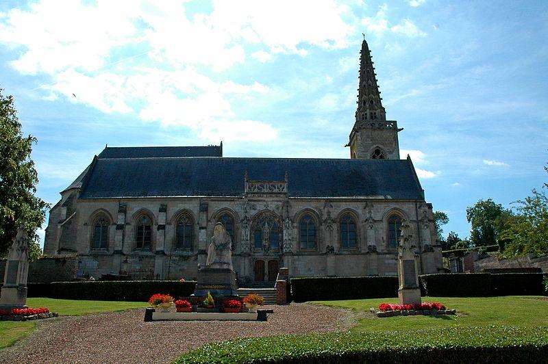 Photo du Monument Historique Eglise Saint-Riquier situé à Fontaine-sur-Somme
