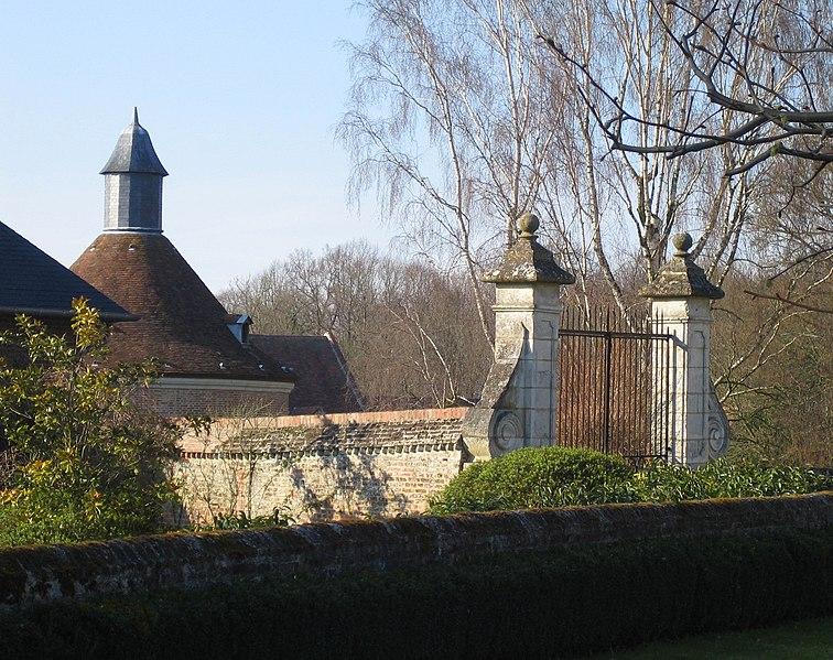 Photo du Monument Historique Château situé à Frucourt