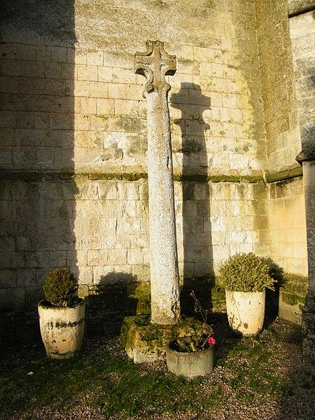 Photo du Monument Historique Croix situé à Huppy