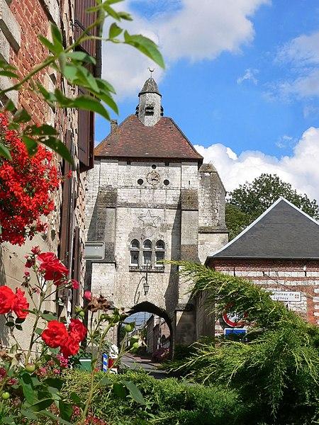 Photo du Monument Historique Beffroi situé à Lucheux