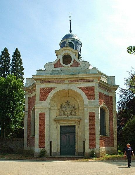 Photo du Monument Historique Chapelle sépulcrale des Mailly situé à Mailly-Maillet