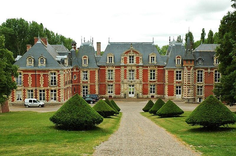 Photo du Monument Historique Château situé à Suzanne