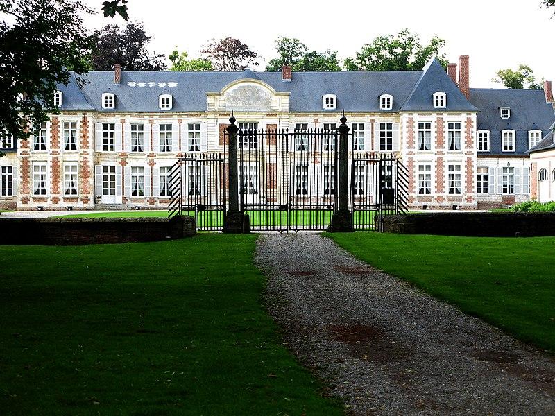 Photo du Monument Historique Château situé à Pissy