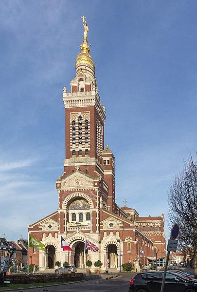 Photo du Monument Historique Basilique de Notre-Dame-de-Brébières situé à Albert