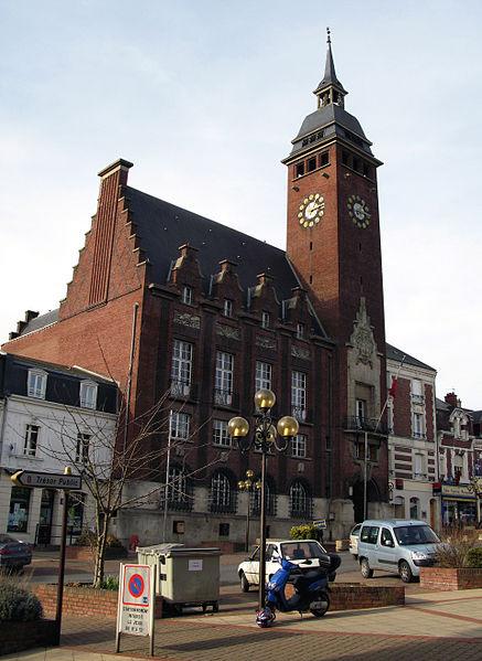 Photo du Monument Historique Hôtel de ville situé à Montdidier