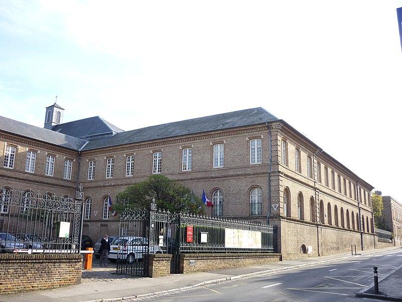 Photo du Monument Historique Couvent de la Visitation-Sainte-Marie situé à Amiens
