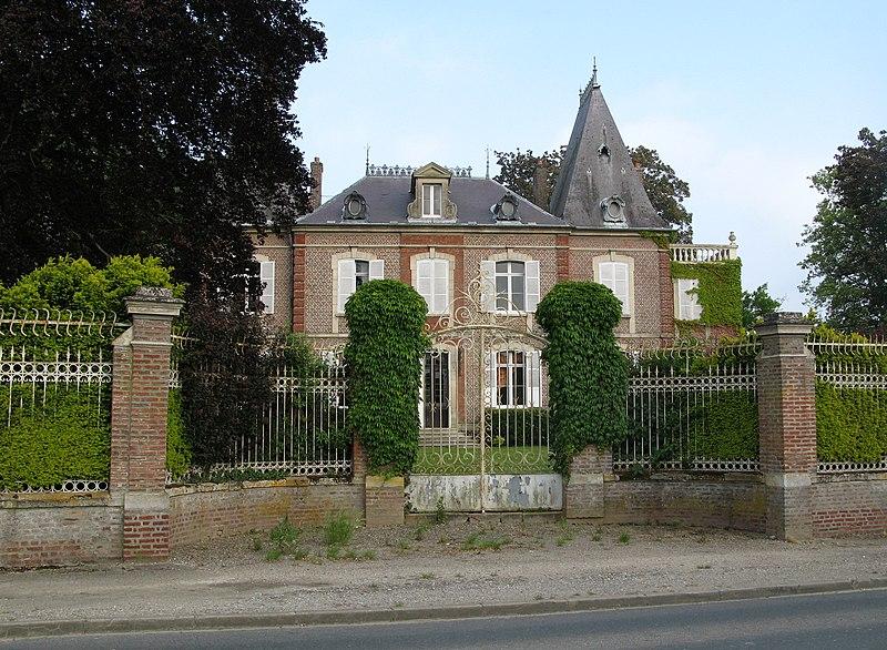 Photo du Monument Historique Demeure et parc de chasse situé à Loeuilly