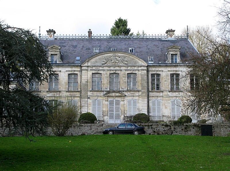Photo du Monument Historique Château de Contay situé à Contay