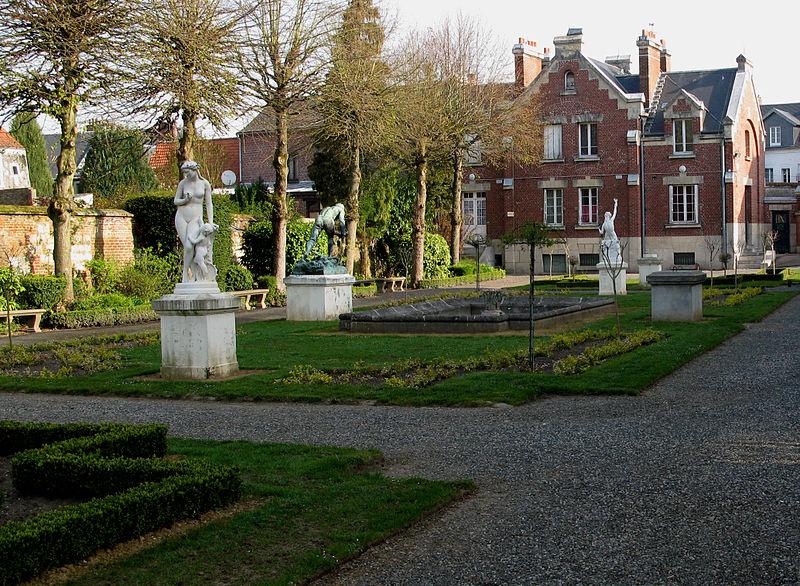 Photo du Monument Historique Musée Lombart situé à Doullens