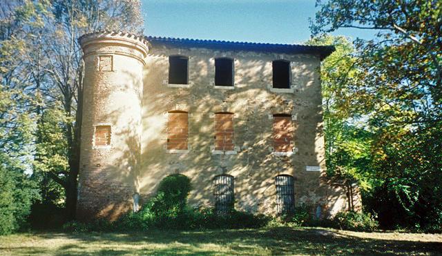 Photo du Monument Historique Château de Cantepau situé à Albi