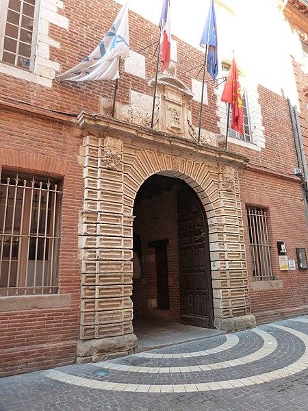 Photo du Monument Historique Hôtel de ville situé à Albi
