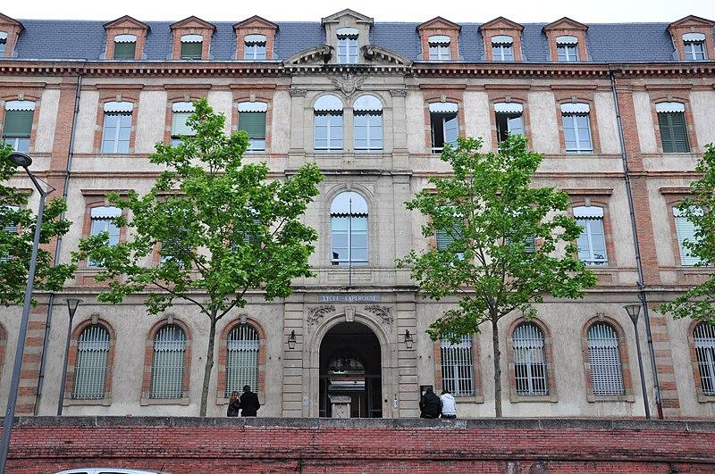 Photo du Monument Historique Lycée de garçons situé à Albi