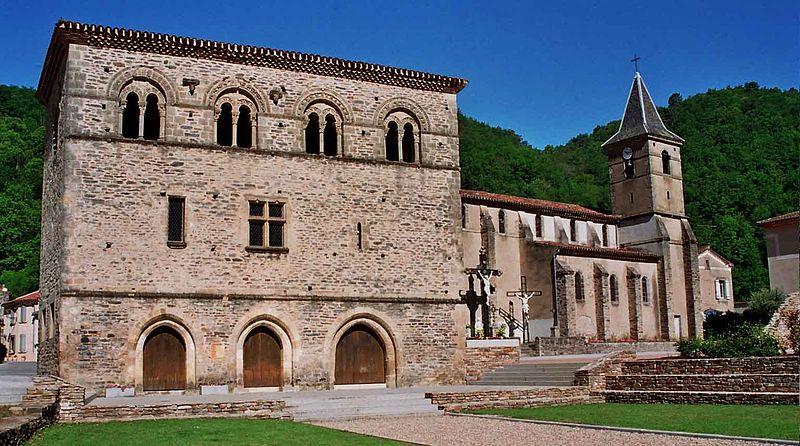 Photo du Monument Historique Ancien prieuré situé à Burlats
