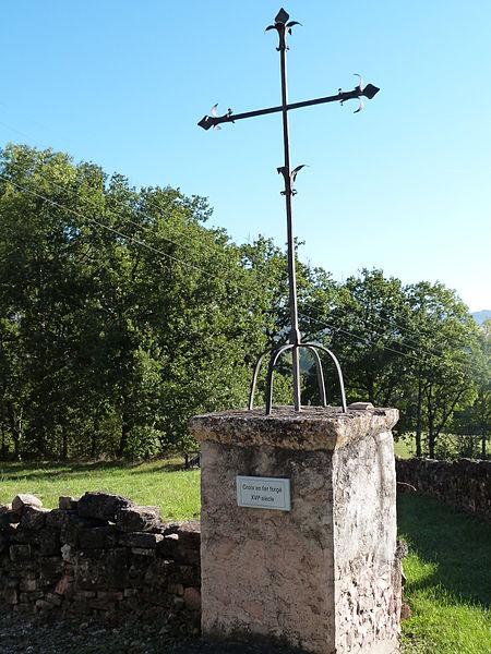 Photo du Monument Historique Croix en fer forgé situé à Les Cabannes