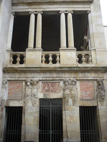 Photo du Monument Historique Ancien hôtel Poncet situé à Castres