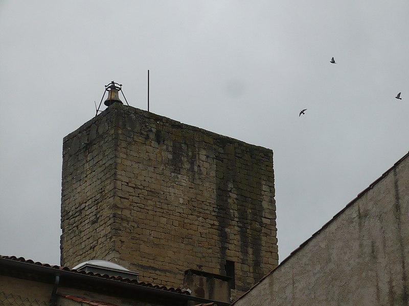 Photo du Monument Historique Ancienne tour des Cordeliers, actuellement englobée dans les bâtiments du lycée situé à Castres