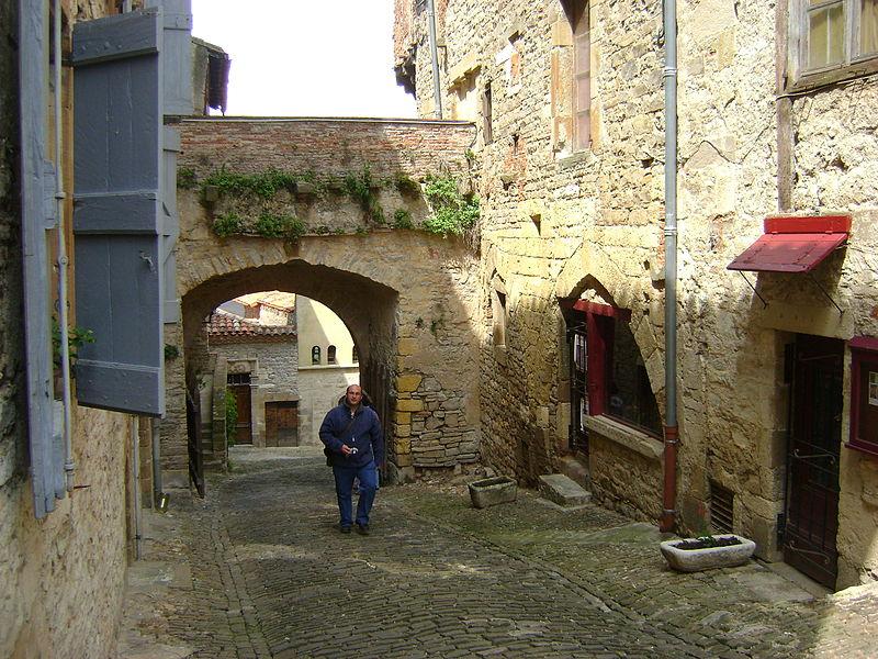Photo du Monument Historique Porte de ville dite le Portanel situé à Cordes-sur-Ciel