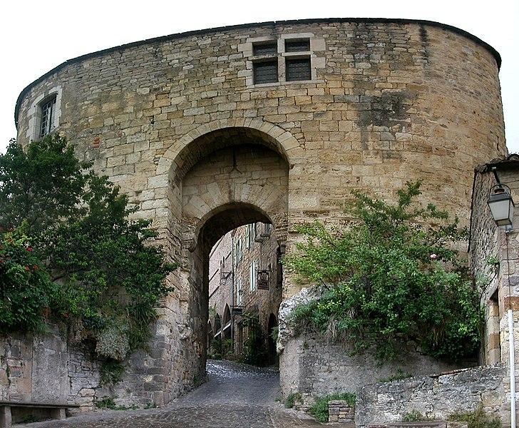 Photo du Monument Historique Porte de Rous situé à Cordes-sur-Ciel