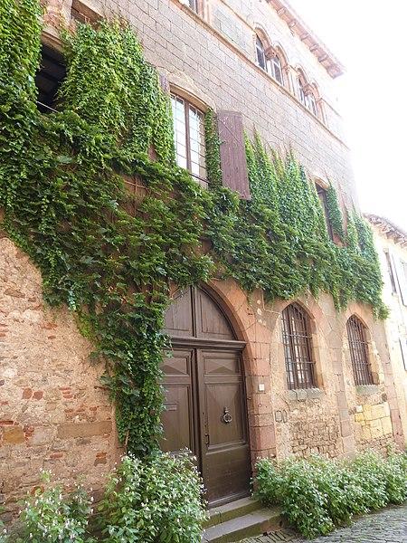 Photo du Monument Historique Presbytère situé à Cordes-sur-Ciel