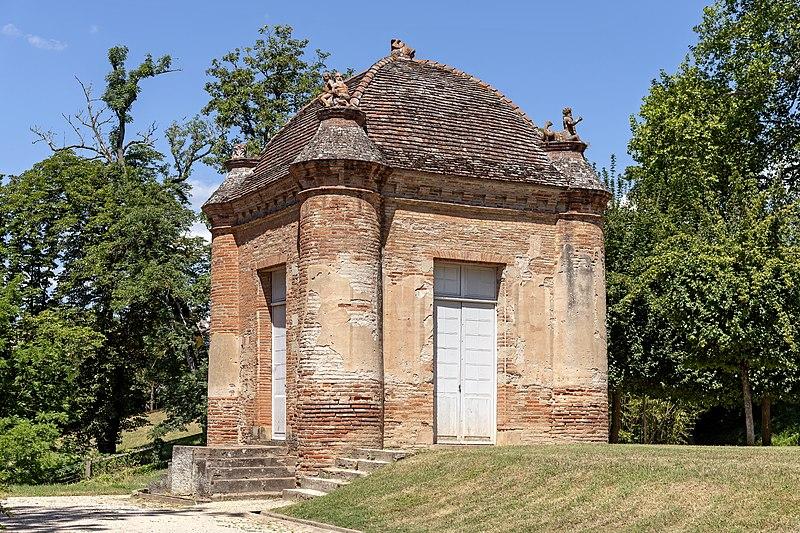 Photo du Monument Historique Château d'Hutaud situé à Gaillac