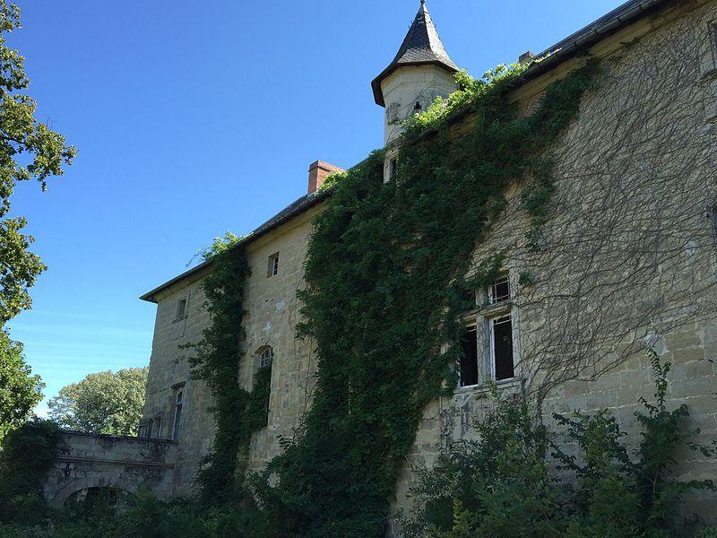 Photo du Monument Historique Château de Lézignac situé à Graulhet
