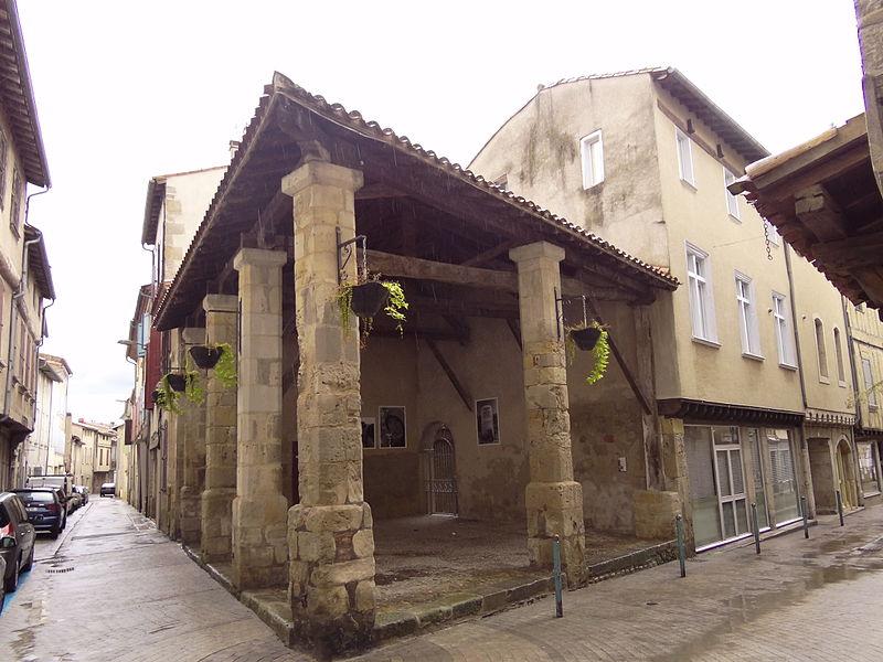 Photo du Monument Historique Ancienne halle situé à Labruguière