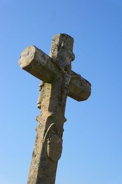Photo du Monument Historique Ancienne croix du cimetière de Graissac situé à Lautrec