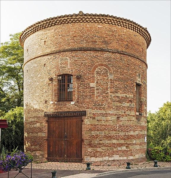 Photo du Monument Historique Tour des Rondes situé à Lavaur
