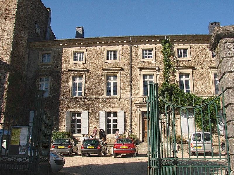 Photo du Monument Historique Château situé à Saint-Amans-Valtoret