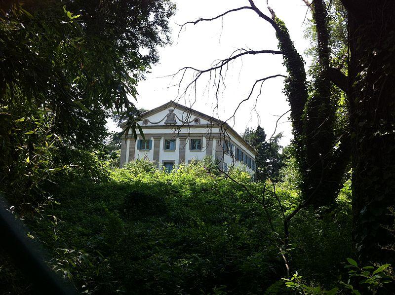Photo du Monument Historique Maison néo-classique dite Jamme de la Goutine situé à Mazamet