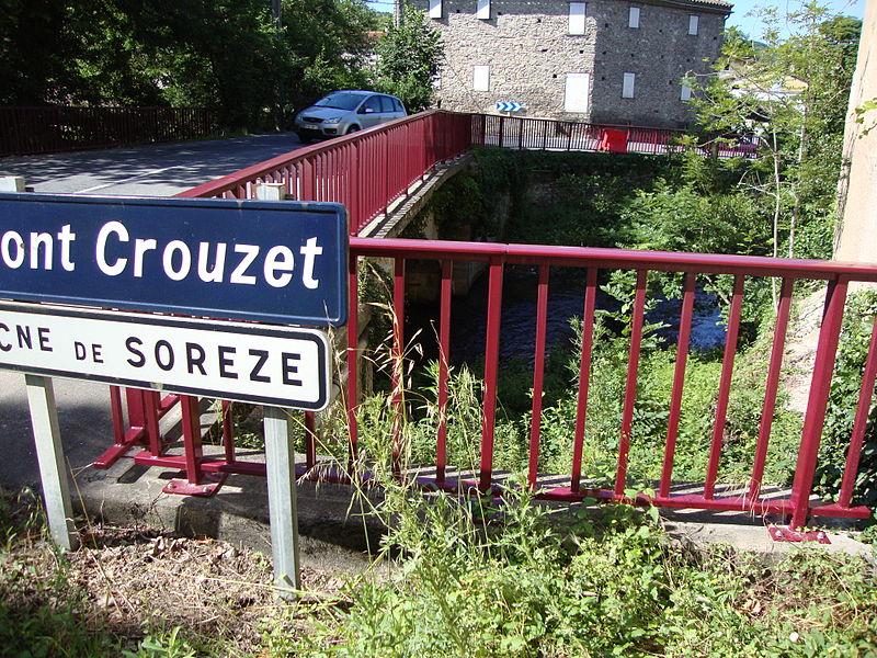 Photo du Monument Historique Canal du Midi : prise d'eau de Pont-Crouzet situé à Sorèze