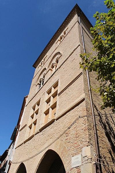 Photo du Monument Historique Maison du 13e siècle, dite aussi Maison de la Taverne situé à Caussade