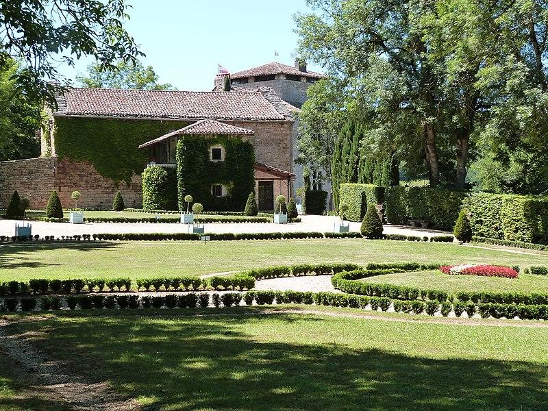 Photo du Monument Historique Château de Cas situé à Espinas
