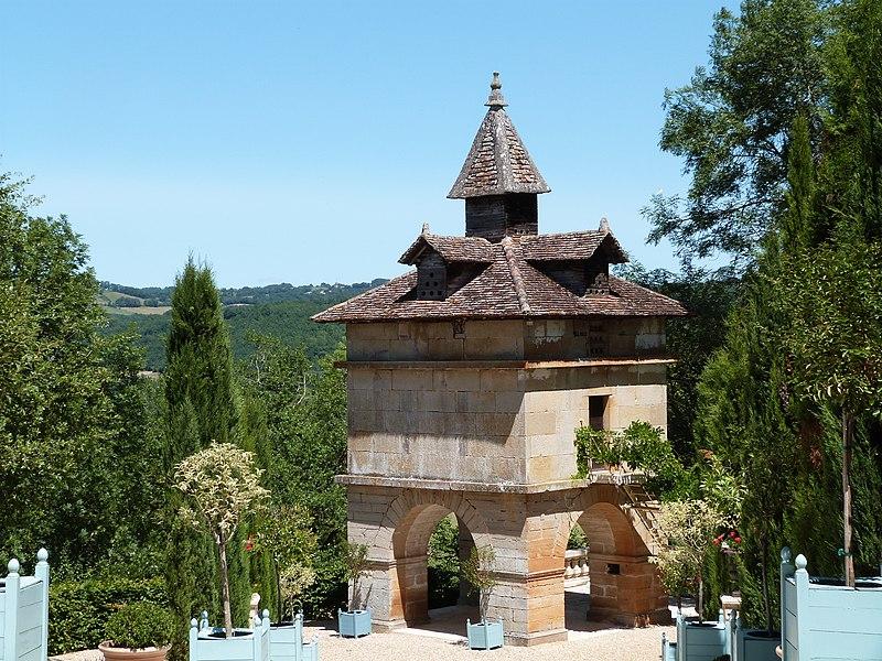 Photo du Monument Historique Pigeonnier de Cas situé à Espinas