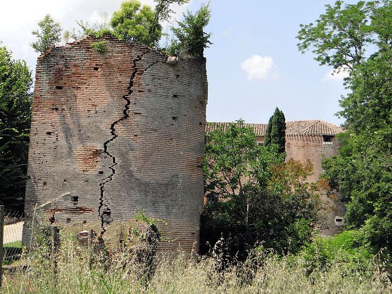 Photo du Monument Historique Château situé à Piquecos