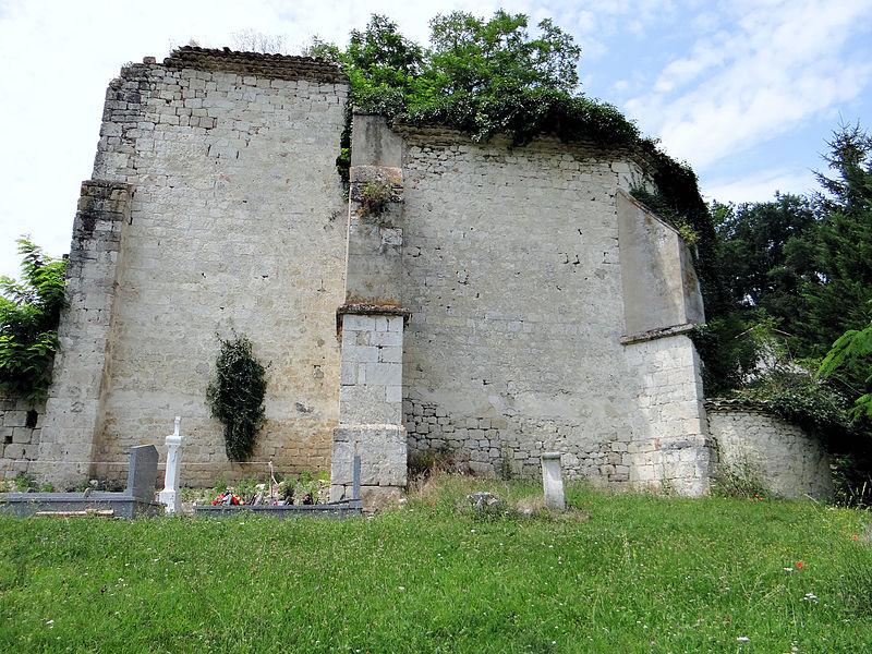 Photo du Monument Historique Ruines de la chapelle de Saint-Julien-de-Couyssels situé à Roquecor