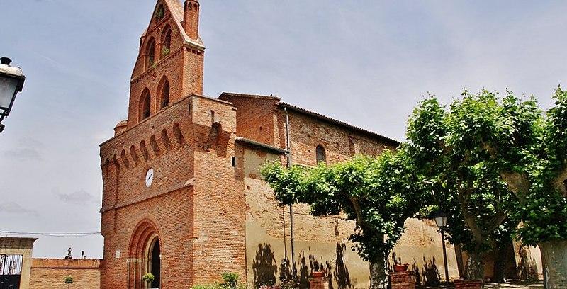 Photo du Monument Historique Eglise Saint-Michel situé à Saint-Sardos