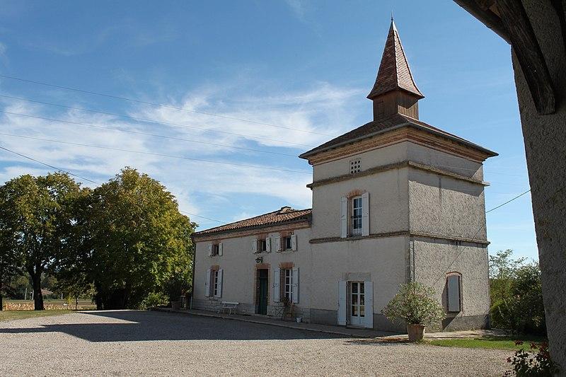 Photo du Monument Historique Ferme de Labombardière situé à Caussade
