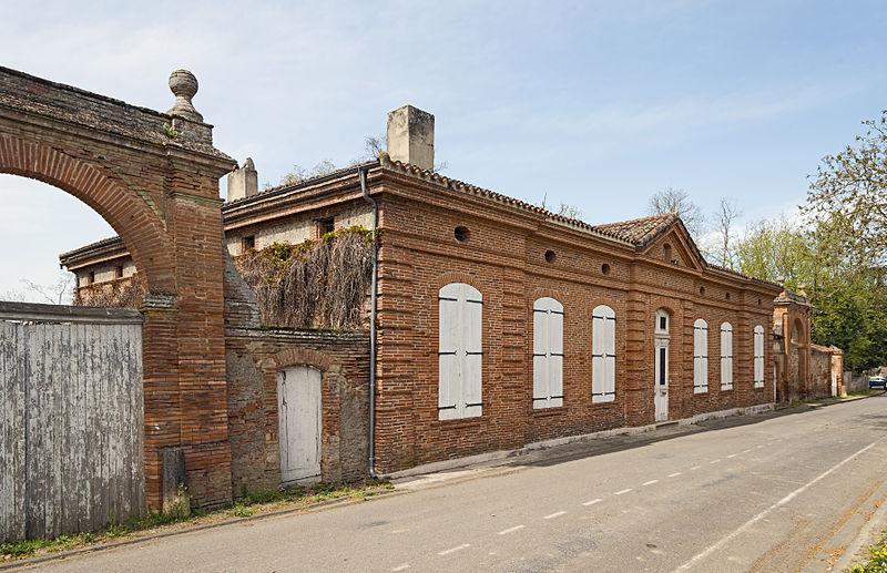 Photo du Monument Historique Maison de Laparre de Saint-Sernin situé à Dieupentale