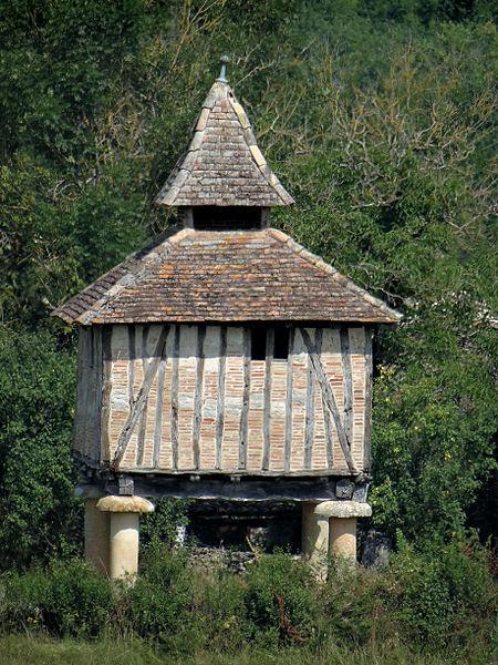 Photo du Monument Historique Pigeonnier de Racanière situé à Caylus