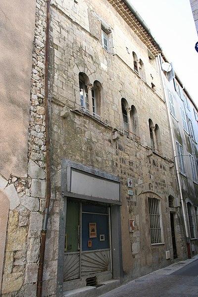 Photo du Monument Historique Maison Tomane situé à Brignoles