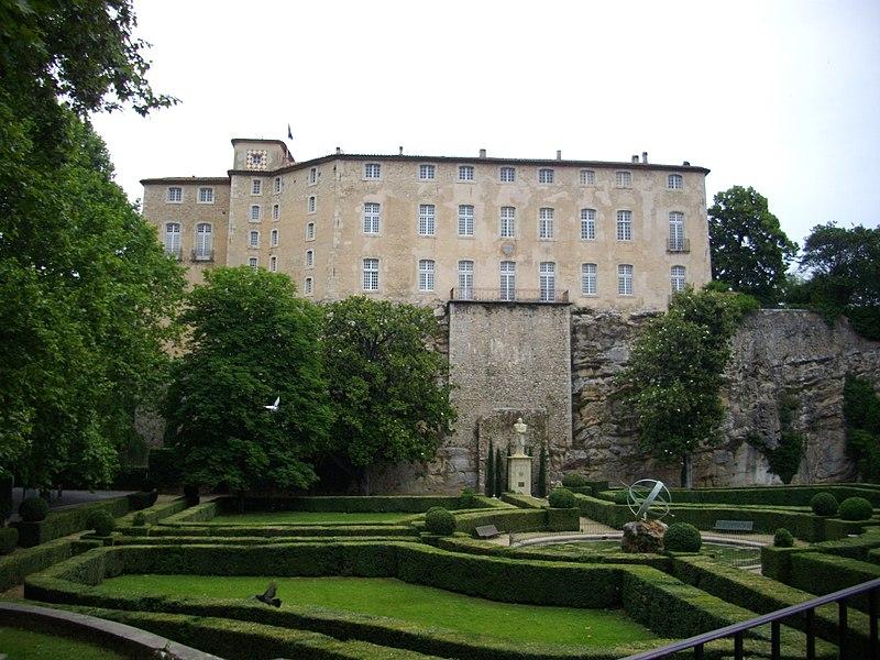 Photo du Monument Historique Château situé à Entrecasteaux