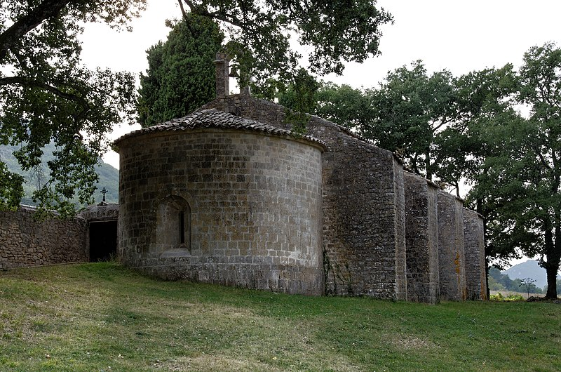 Photo du Monument Historique Chapelle Notre-Dame-du-Revest situé à Esparron