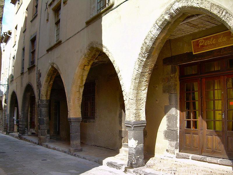 Photo du Monument Historique Maison du 15s situé à Grimaud