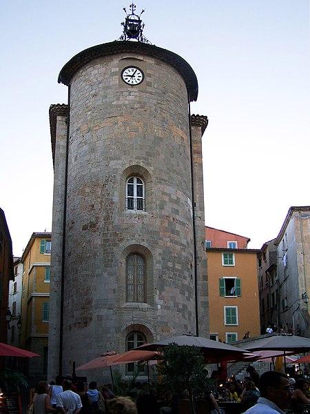 Photo du Monument Historique Chapelle Saint-Blaise dite Tour des Templiers situé à Hyères