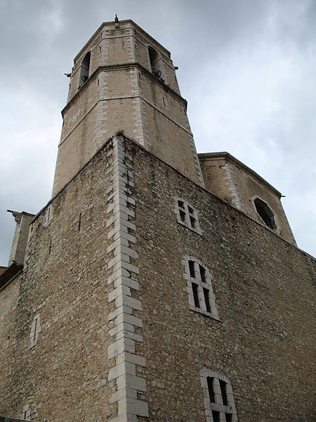 Photo du Monument Historique Eglise collégiale Saint-Martin situé à Lorgues