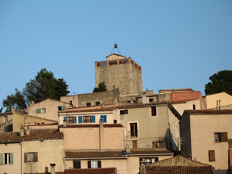 Photo du Monument Historique Tour dite du village situé à Le Revest-les-Eaux