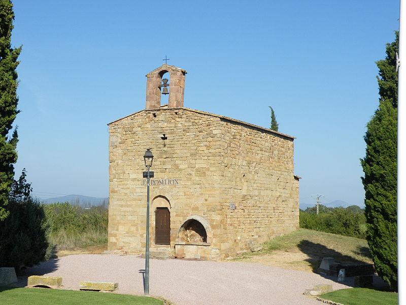 Photo du Monument Historique Chapelle Saint-Pierre situé à Roquebrune-sur-Argens