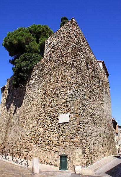 Photo du Monument Historique Tour Jarlier situé à Saint-Tropez